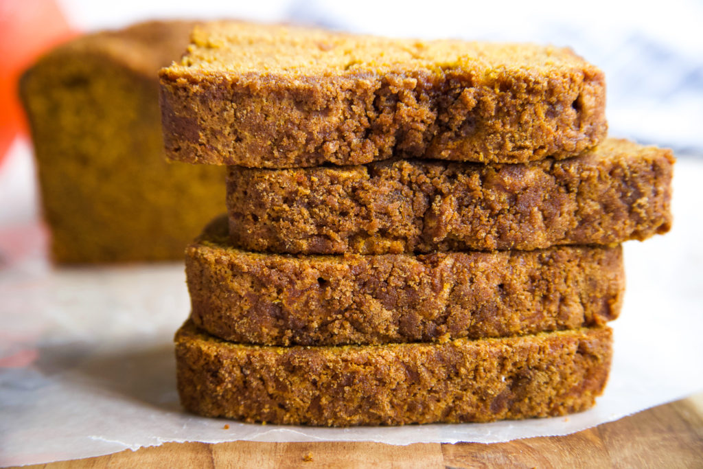 Pumpkin Bread with Cinnamon, Nutmeg and Clove