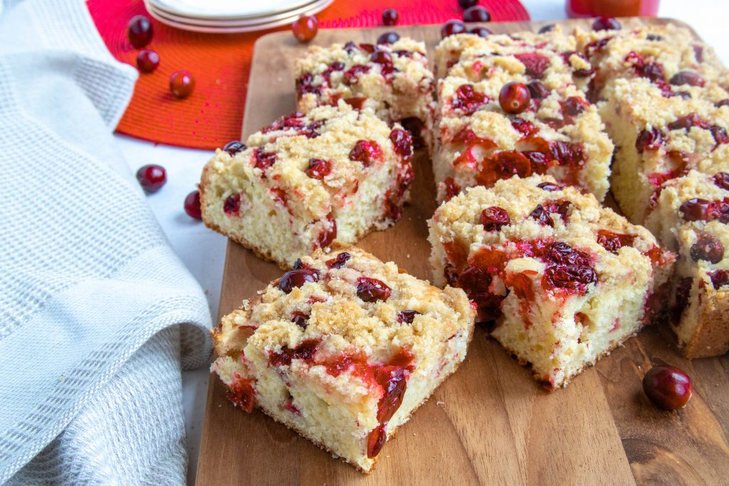 Cranberry Cake with Vanilla Streusel