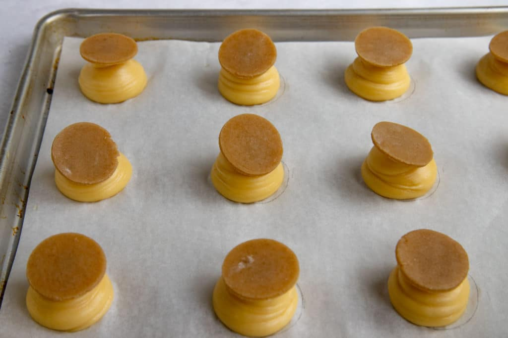 Pate a Choux Rounds with Craquelin on Top